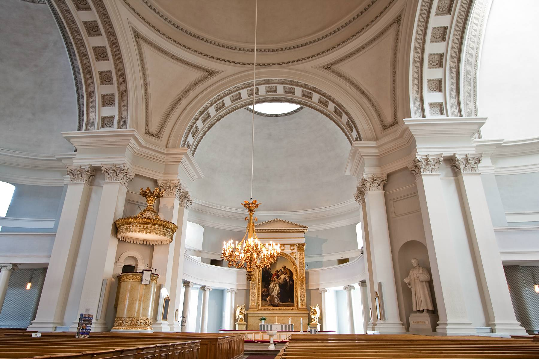 Helsinki cathedral interior images for Inside interieur